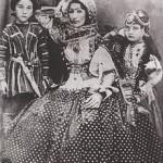 220px-Hurshidbanu_Natavan_with_her_children