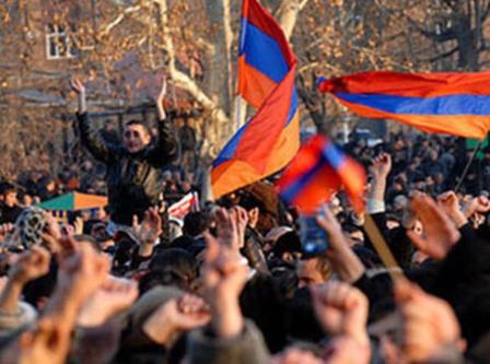 ermenistan etiraz aksiya