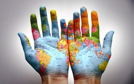 world-hands_00278818