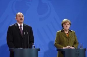 president_aliyev_merkel_konfrans_210115_03